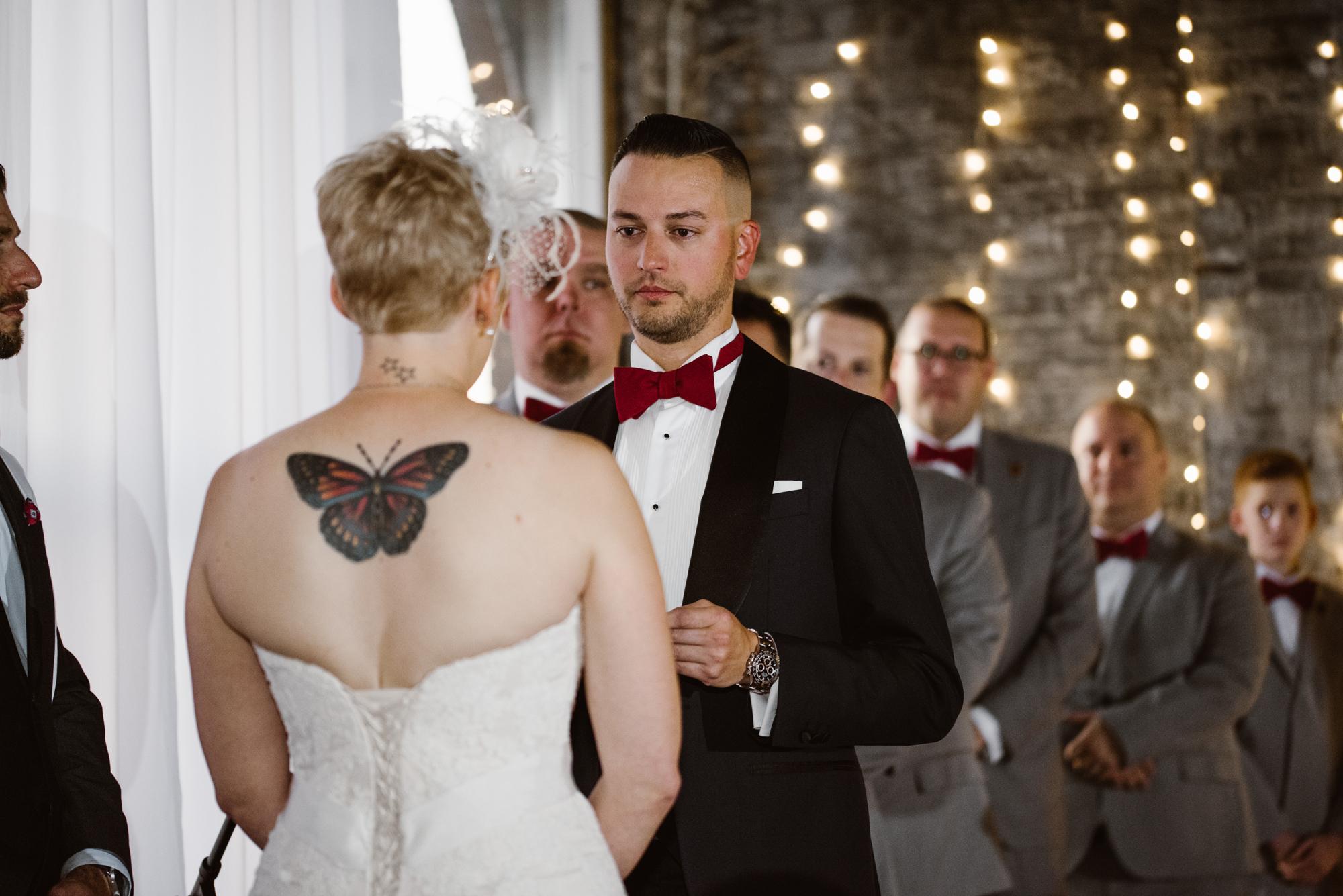 detroit-michigan-eastern-market-loft-wedding-sydney-marie (112).jpg