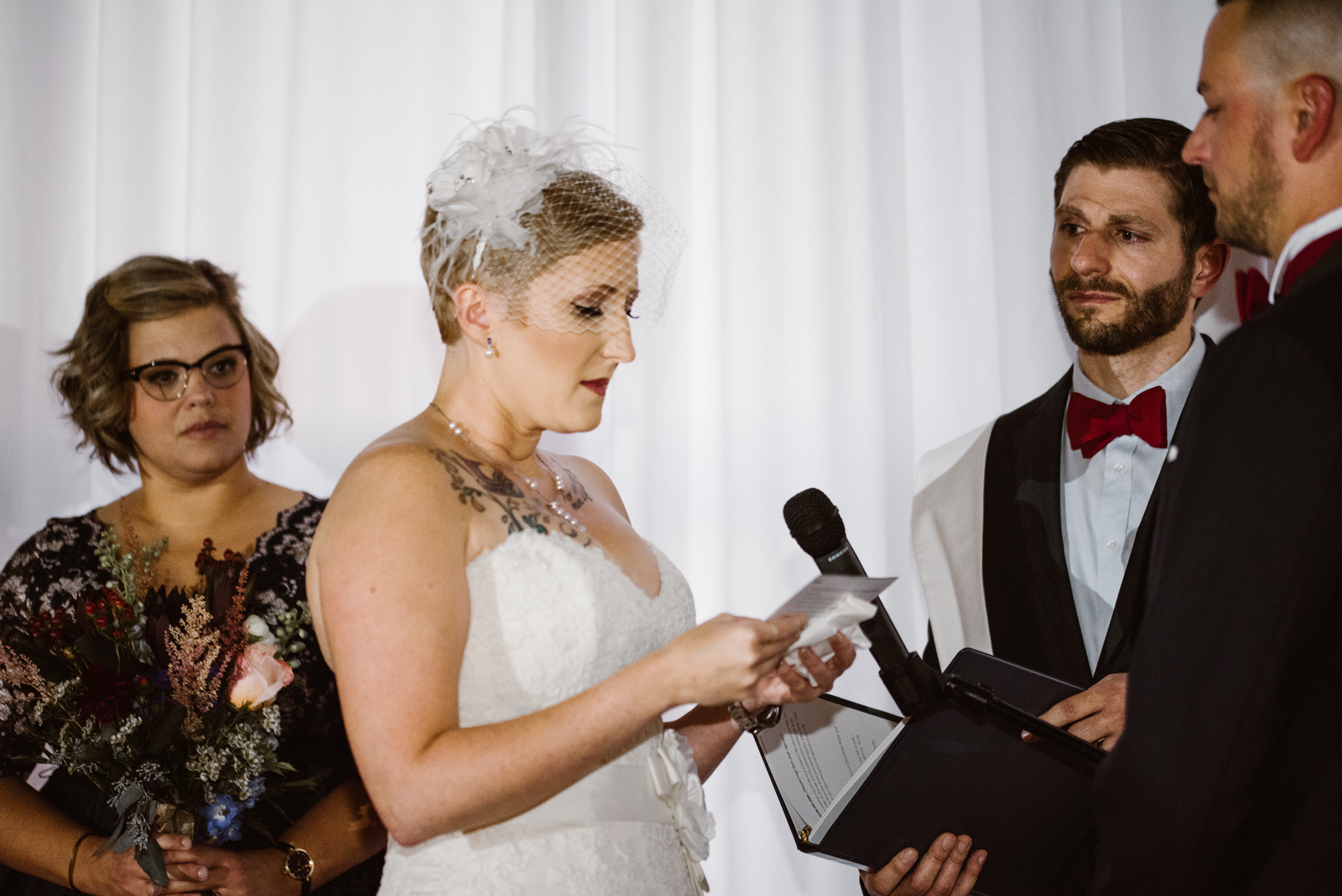 detroit-michigan-eastern-market-loft-wedding-sydney-marie (128).jpg