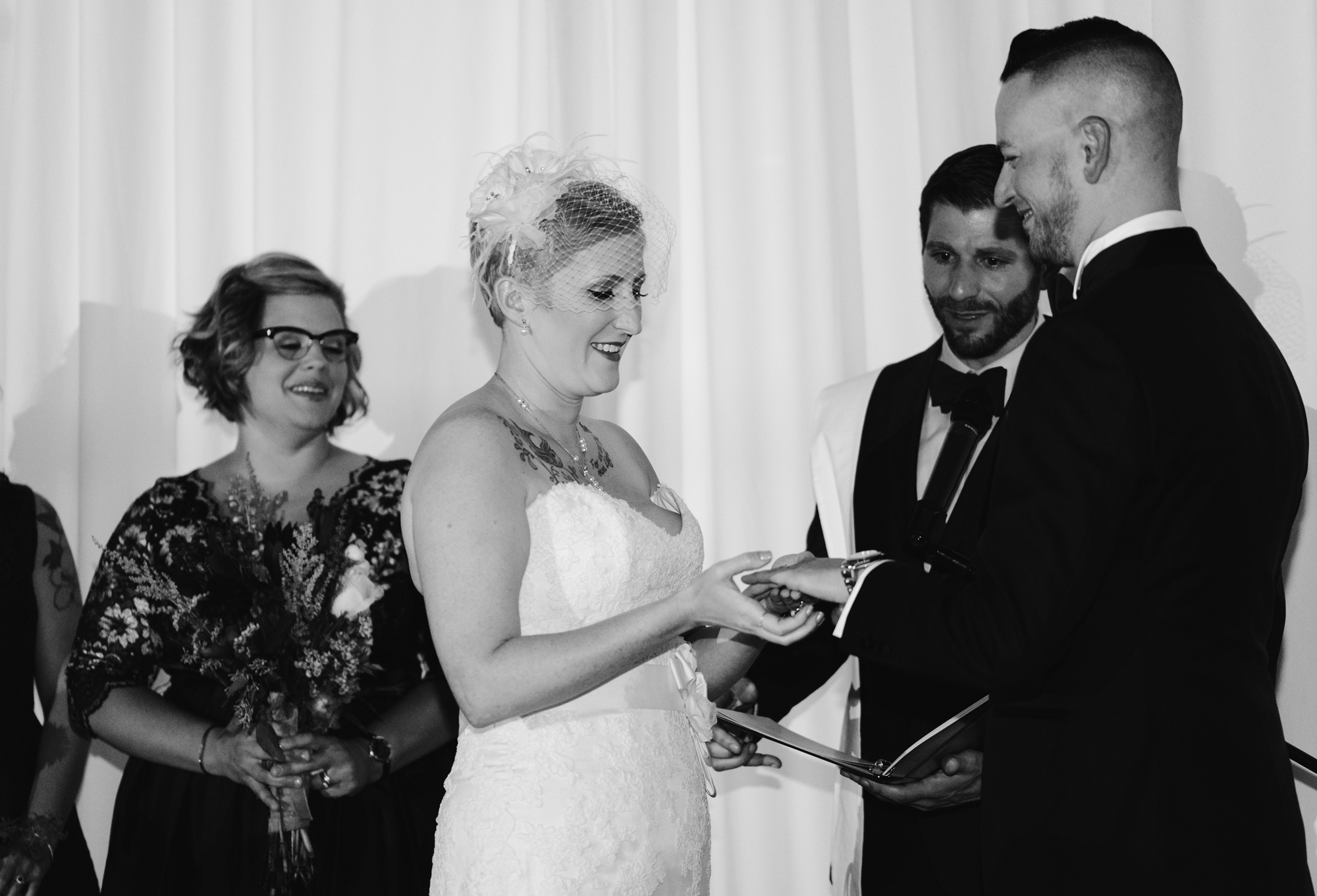 detroit-michigan-eastern-market-loft-wedding-sydney-marie (151).jpg