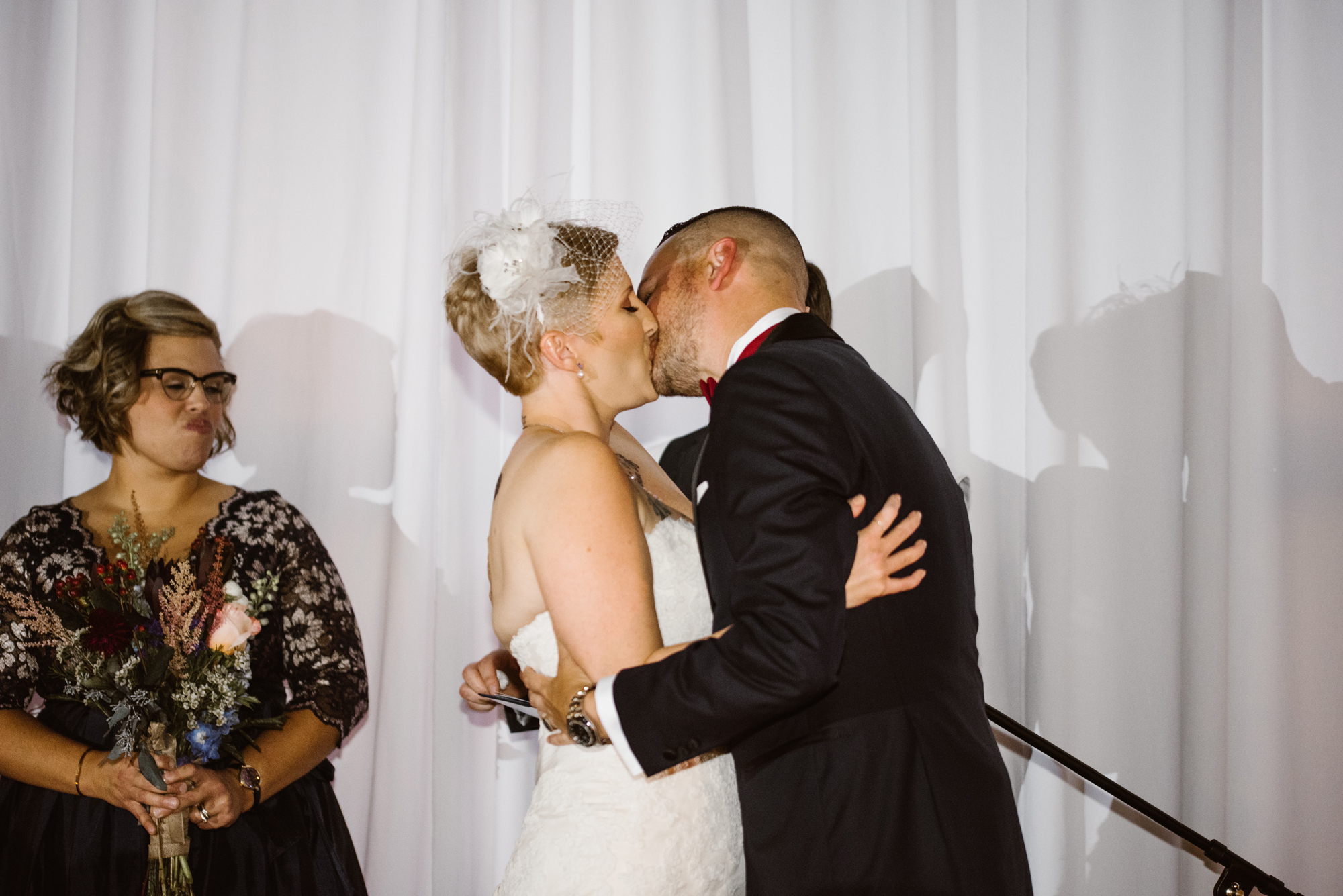 detroit-michigan-eastern-market-loft-wedding-sydney-marie (160).jpg