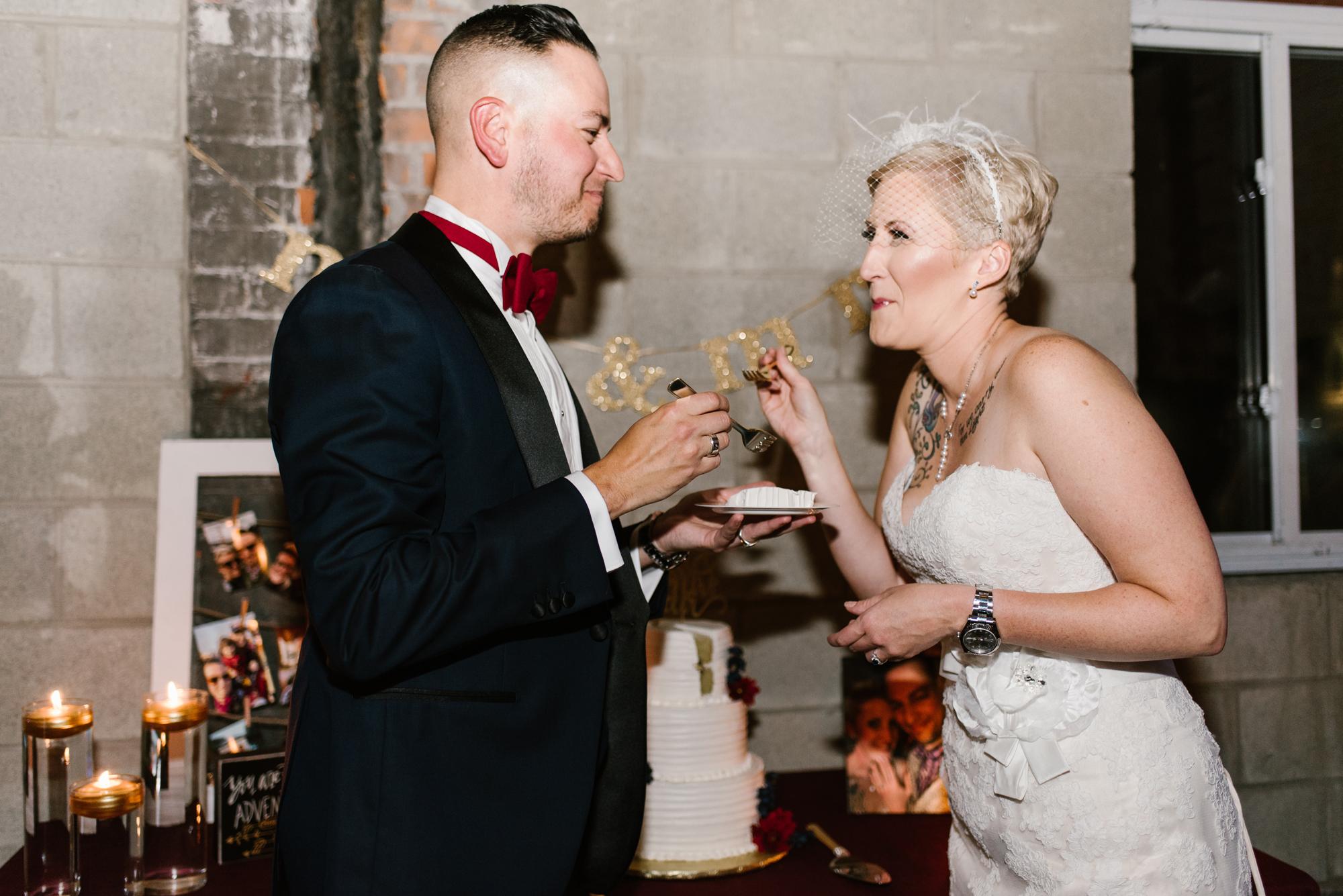 detroit-michigan-eastern-market-loft-wedding-sydney-marie (269).jpg