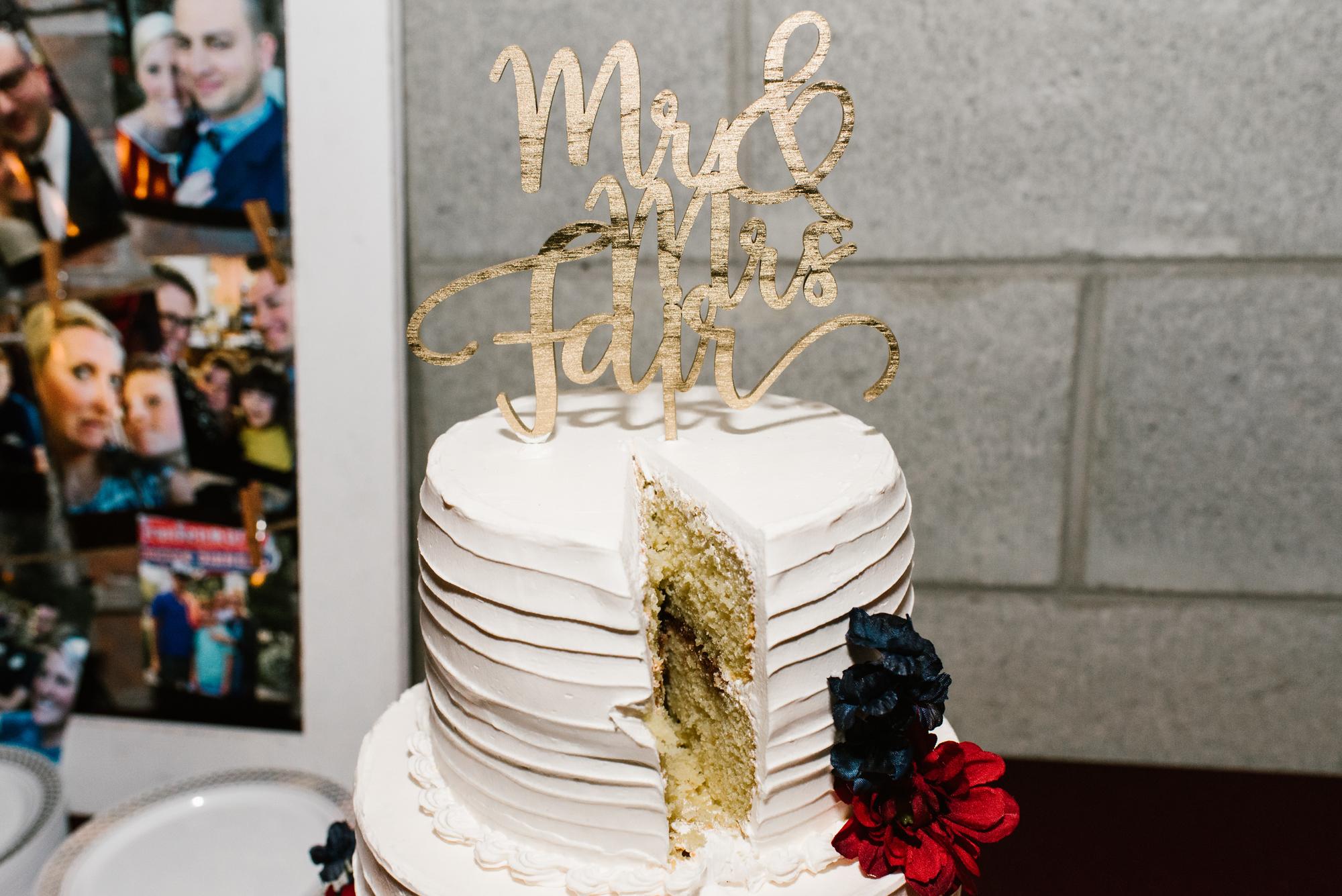 detroit-michigan-eastern-market-loft-wedding-sydney-marie (272).jpg
