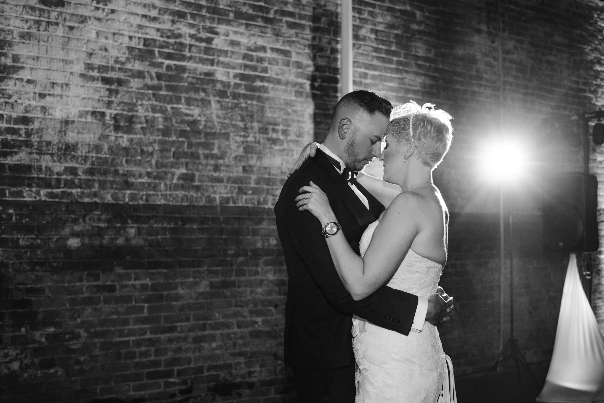 detroit-michigan-eastern-market-loft-wedding-sydney-marie (288).jpg