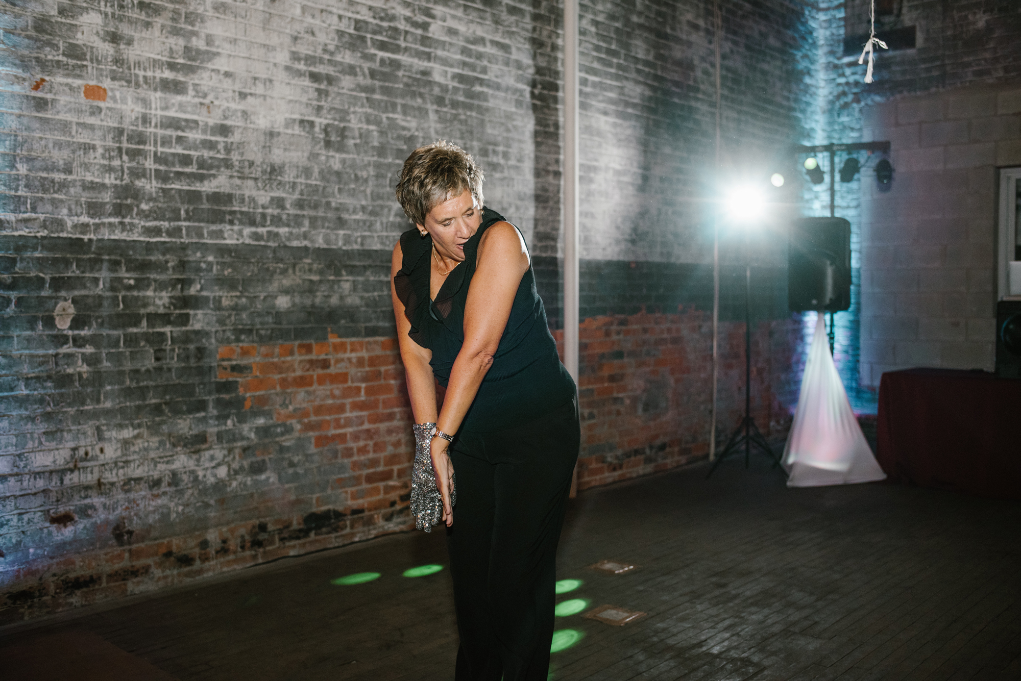 detroit-michigan-eastern-market-loft-wedding-sydney-marie (398).jpg