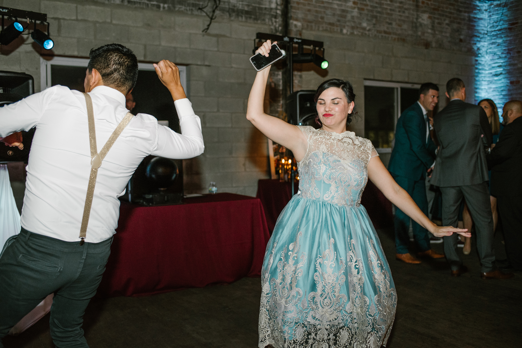 detroit-michigan-eastern-market-loft-wedding-sydney-marie (408).jpg