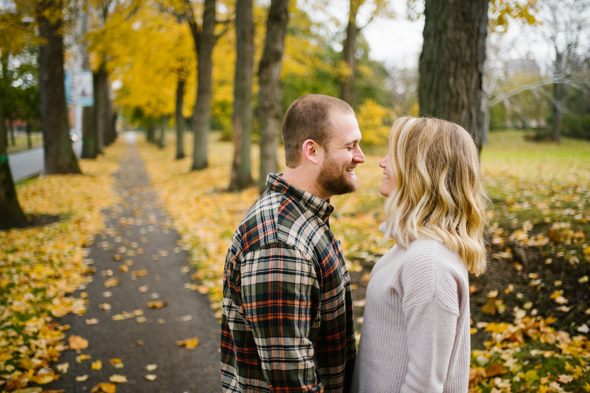 south-bend-indiana-fall-engagement-photographer-sydney-marie (27).jpg
