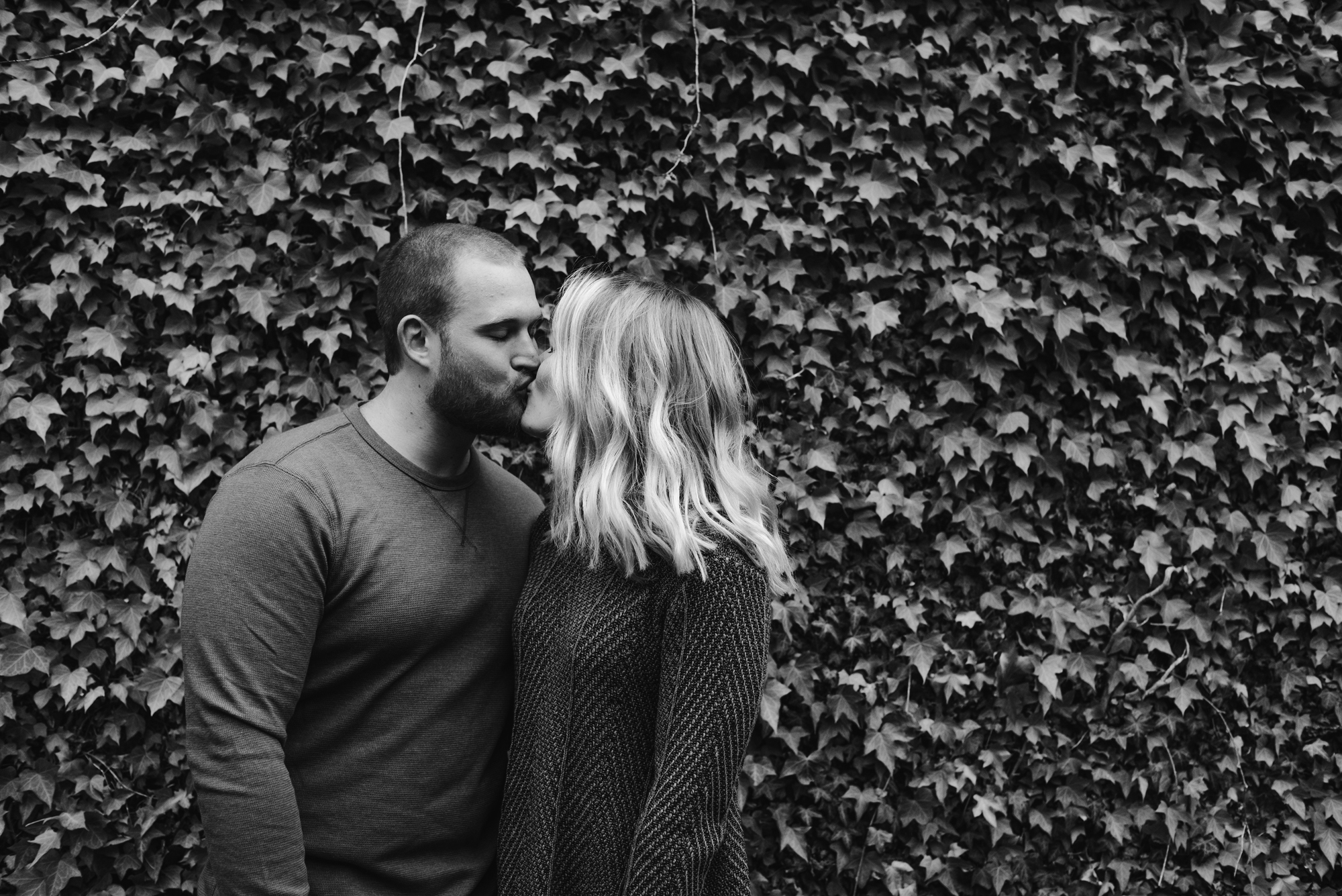 south-bend-indiana-fall-engagement-photographer-sydney-marie (75).jpg