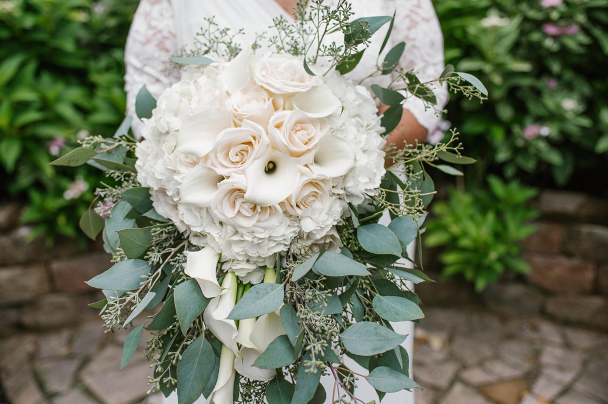 holland-michigan-lgbtq-wedding-midtown-center-wedding-photographer-sydney-marie-63.jpg
