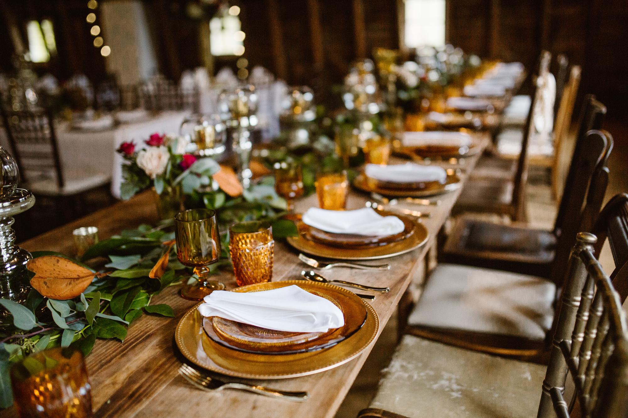blue-dress-barn-benton-harbor-michigan-wedding-photographer (4).jpg