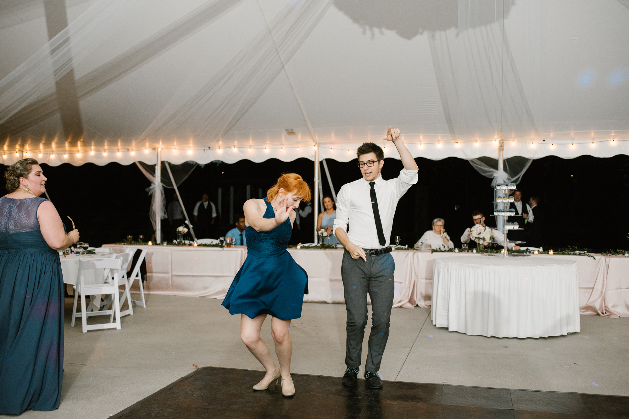 trillium-event-center-spring-lake-michigan-dancing-photos-sydney-marie (13).jpg