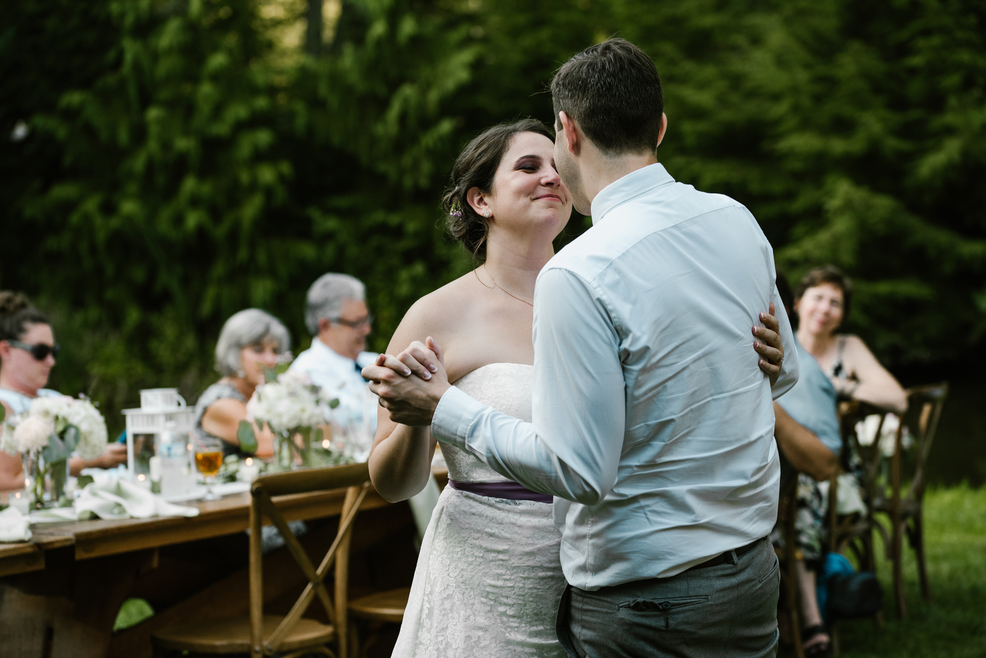sawyer-michigan-backyard-wedding-dancing-pictures-sydney-marie (3).jpg