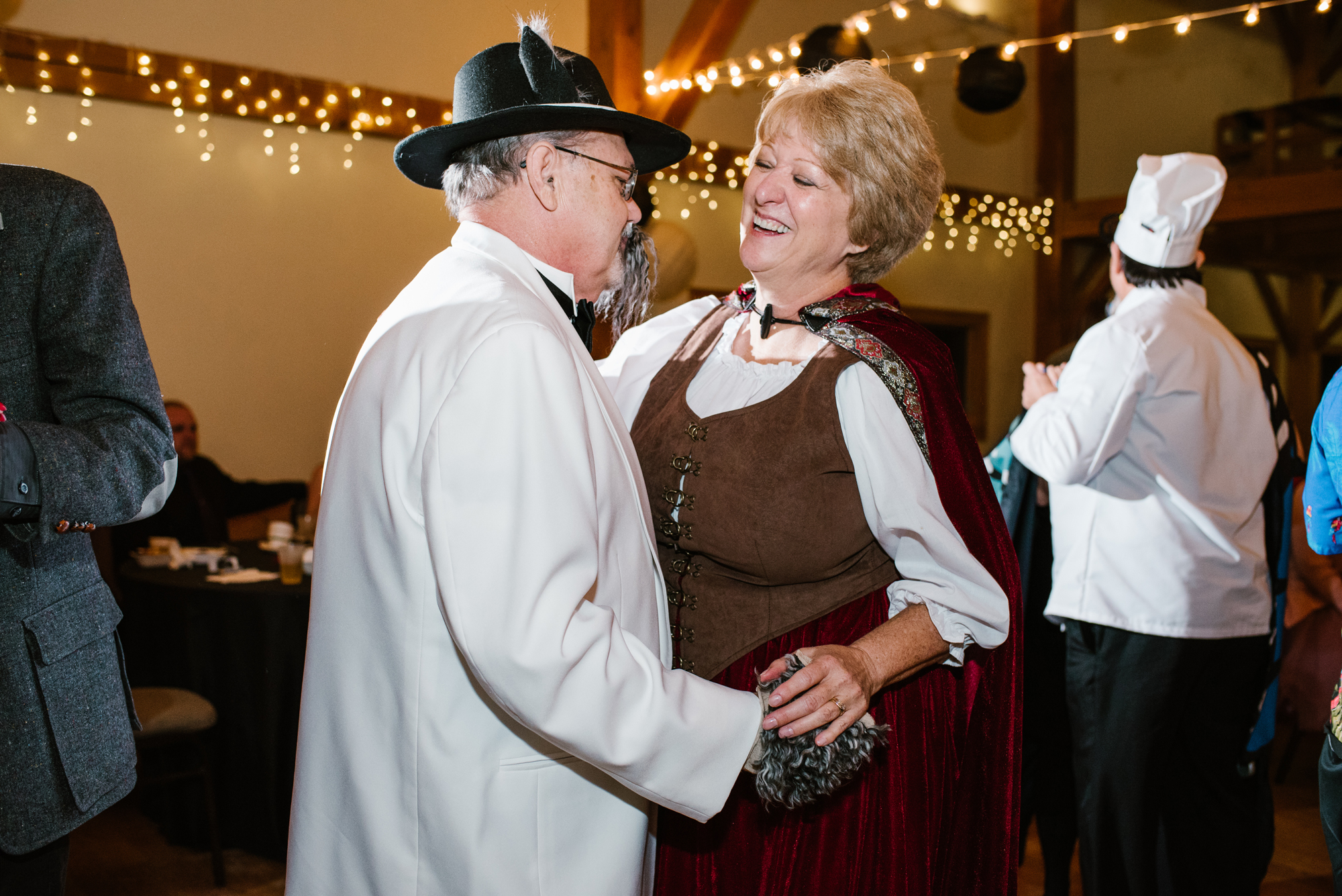 ann-arbor-michigan-halloween-themed-wedding-dancing-photos (2).jpg