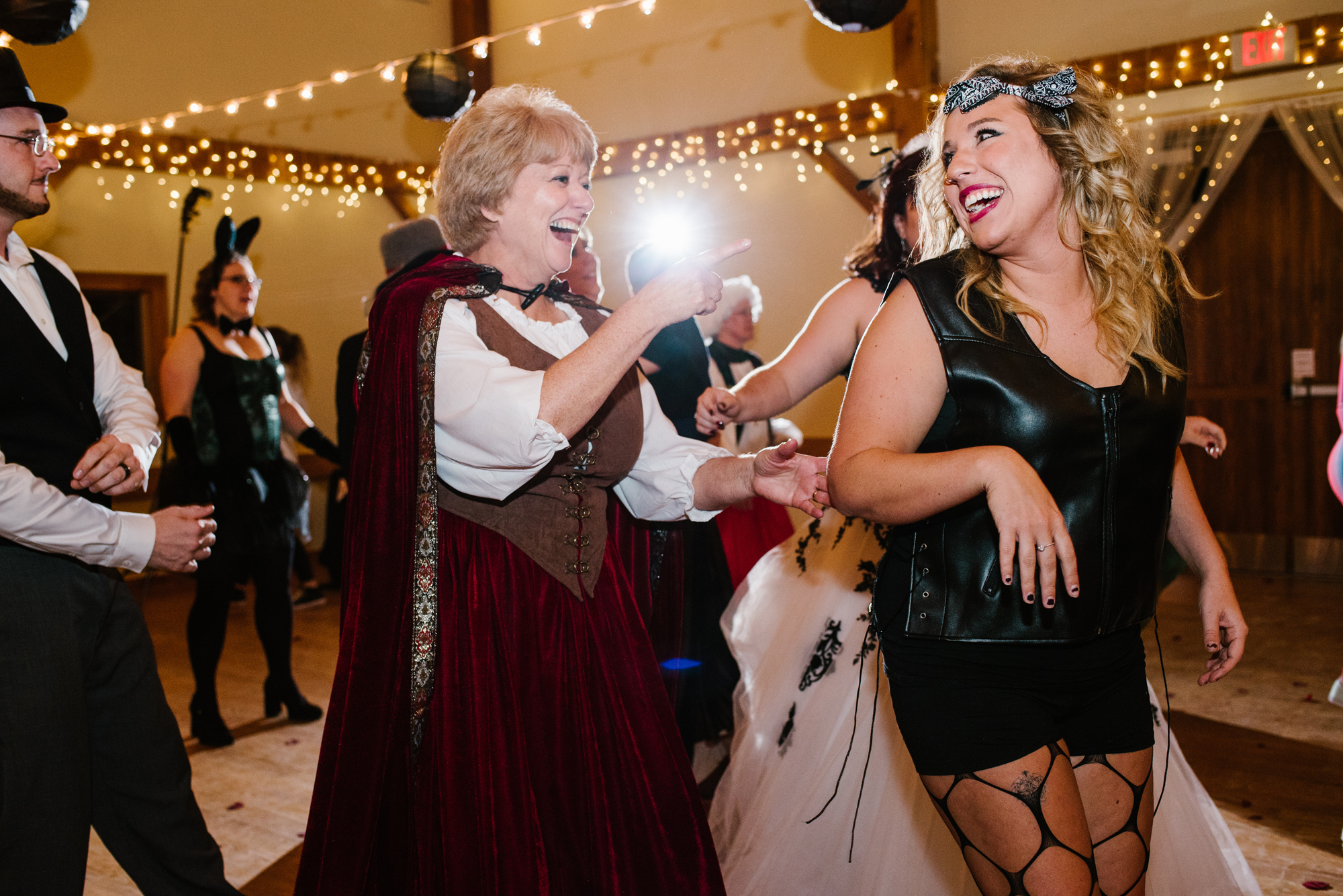 ann-arbor-michigan-halloween-themed-wedding-dancing-photos (7).jpg