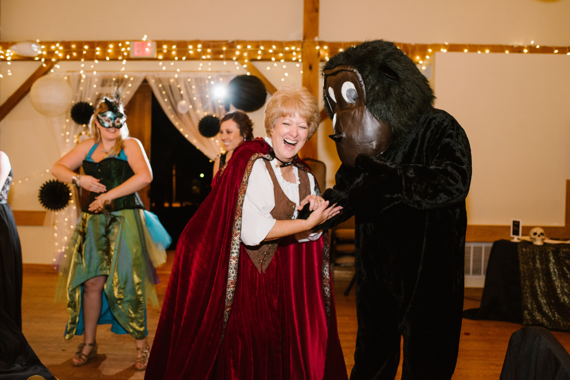 ann-arbor-michigan-halloween-themed-wedding-dancing-photos (16).jpg