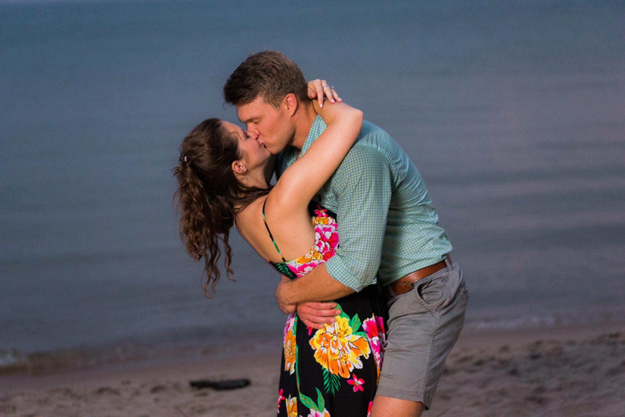 south-haven-michigan-beach-engagement-proposal-photographer-sydney-marie (18).jpg