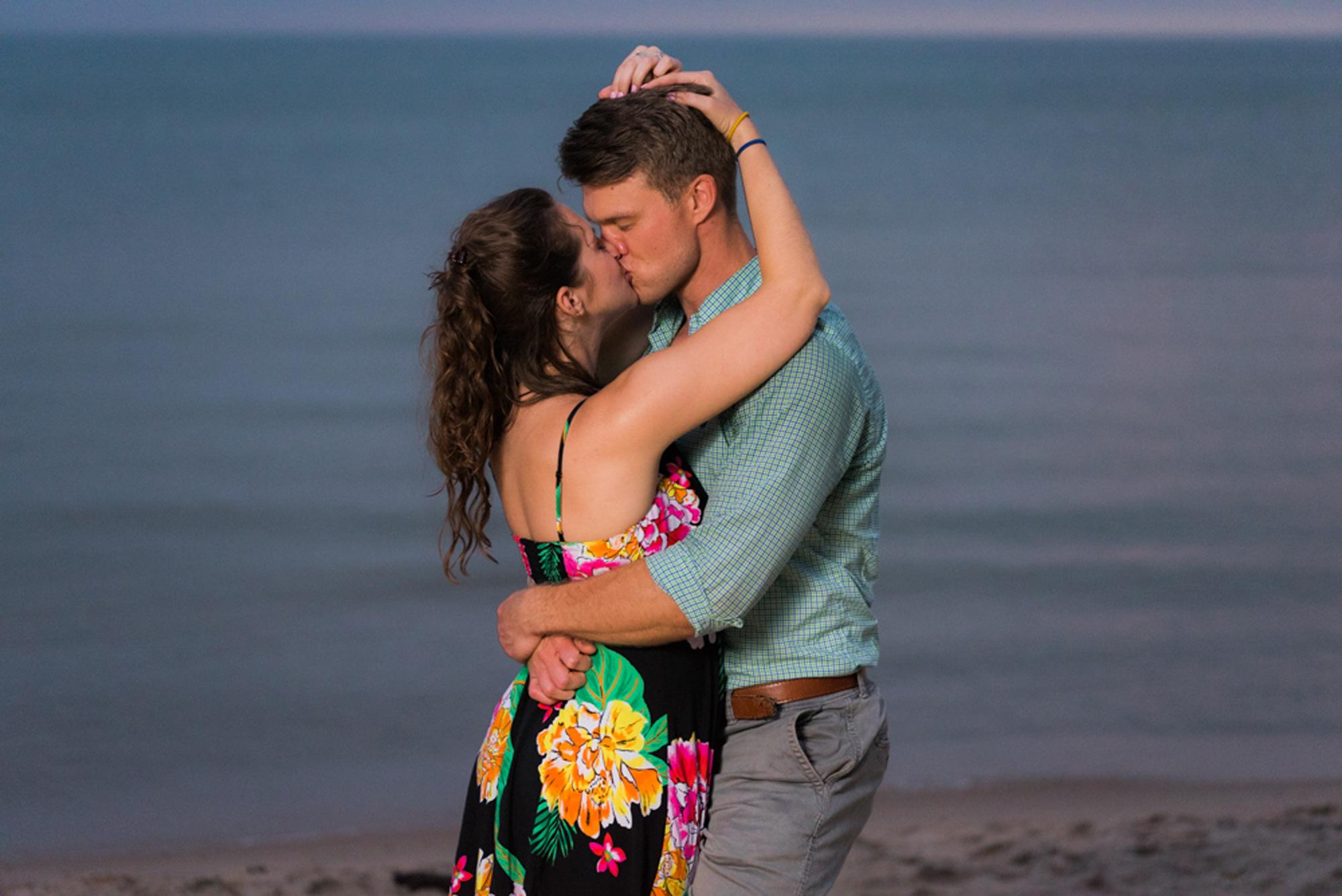 south-haven-michigan-beach-engagement-proposal-photographer-sydney-marie (20).jpg