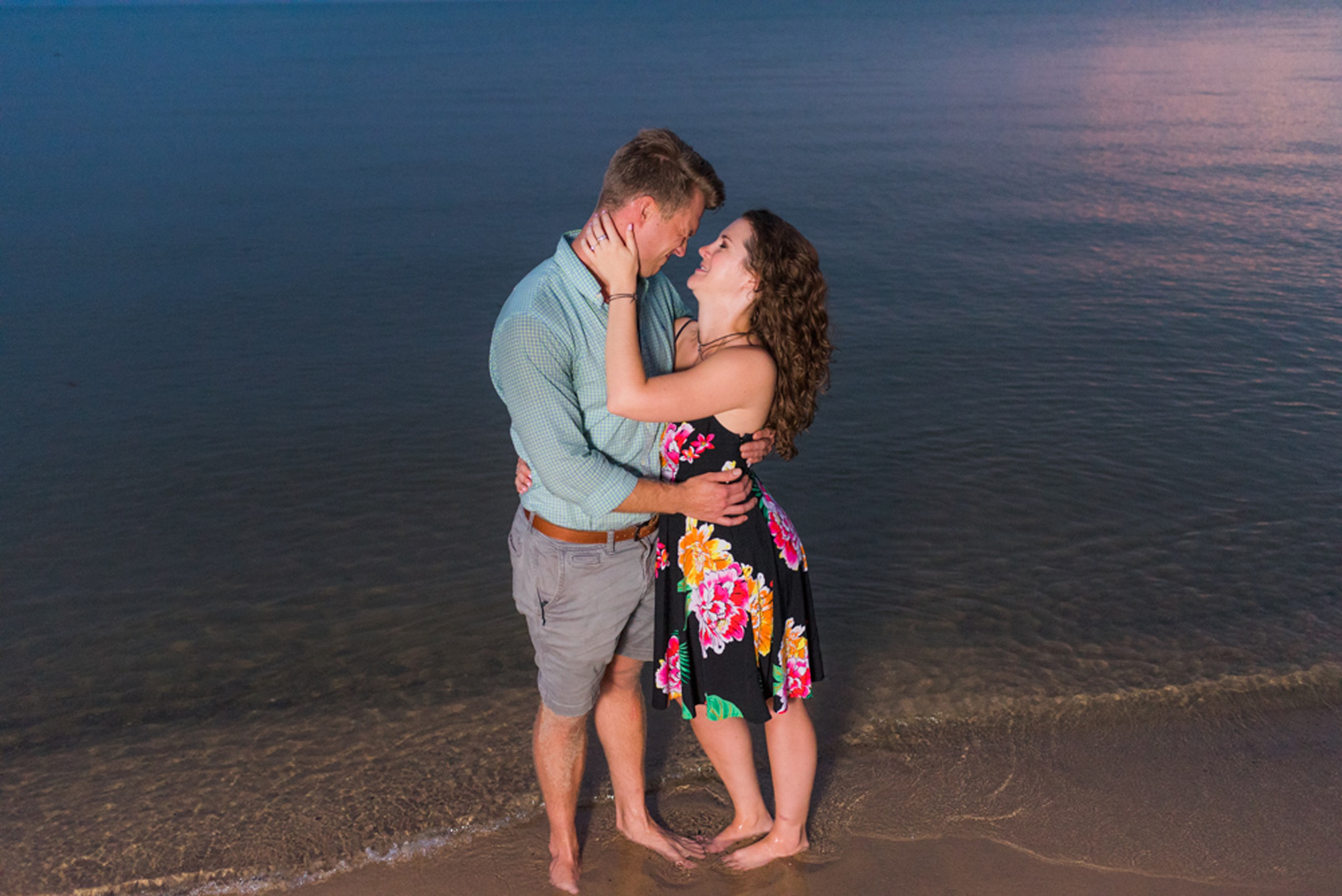 south-haven-michigan-beach-engagement-proposal-photographer-sydney-marie (33).jpg