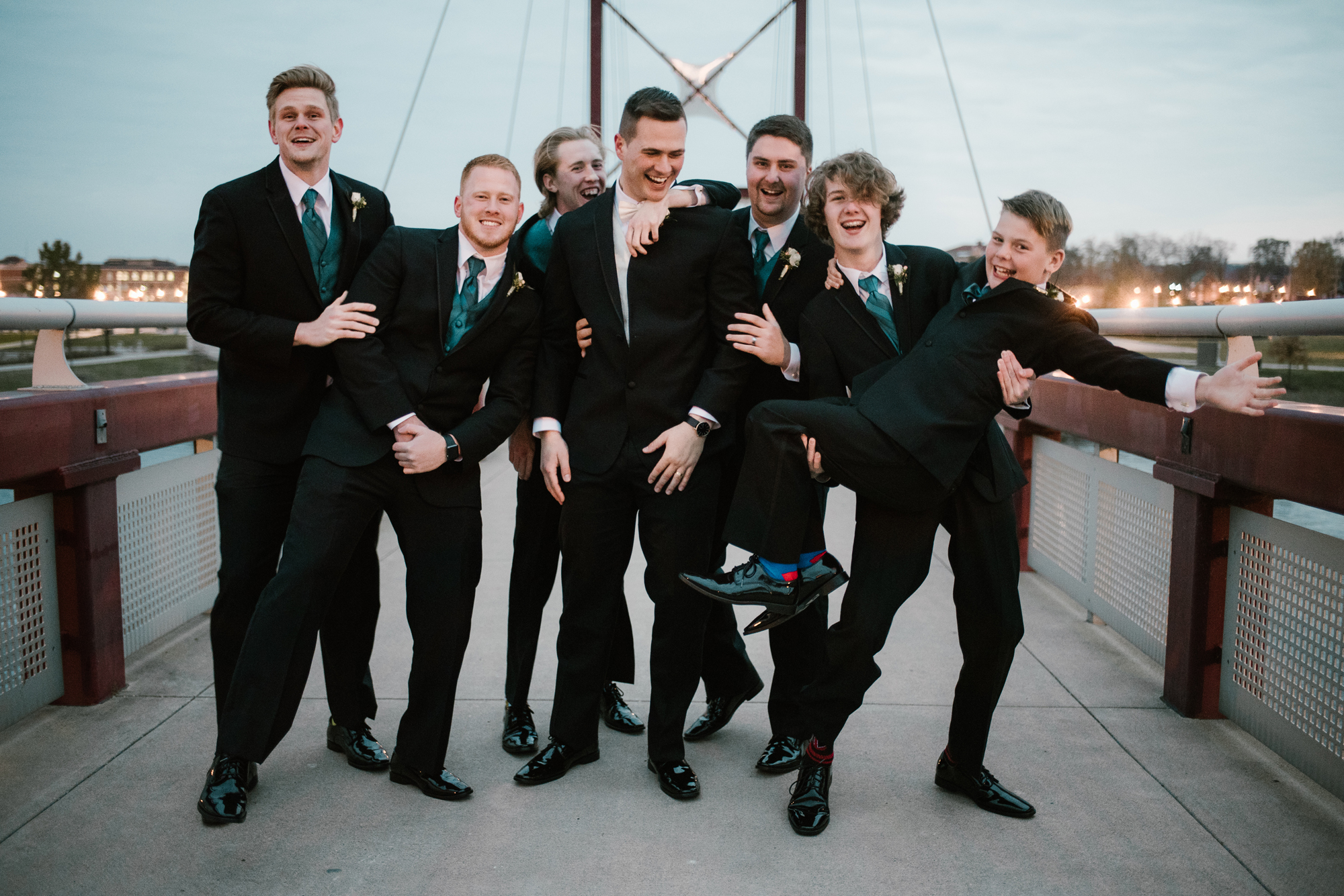 fun groomsmen picture