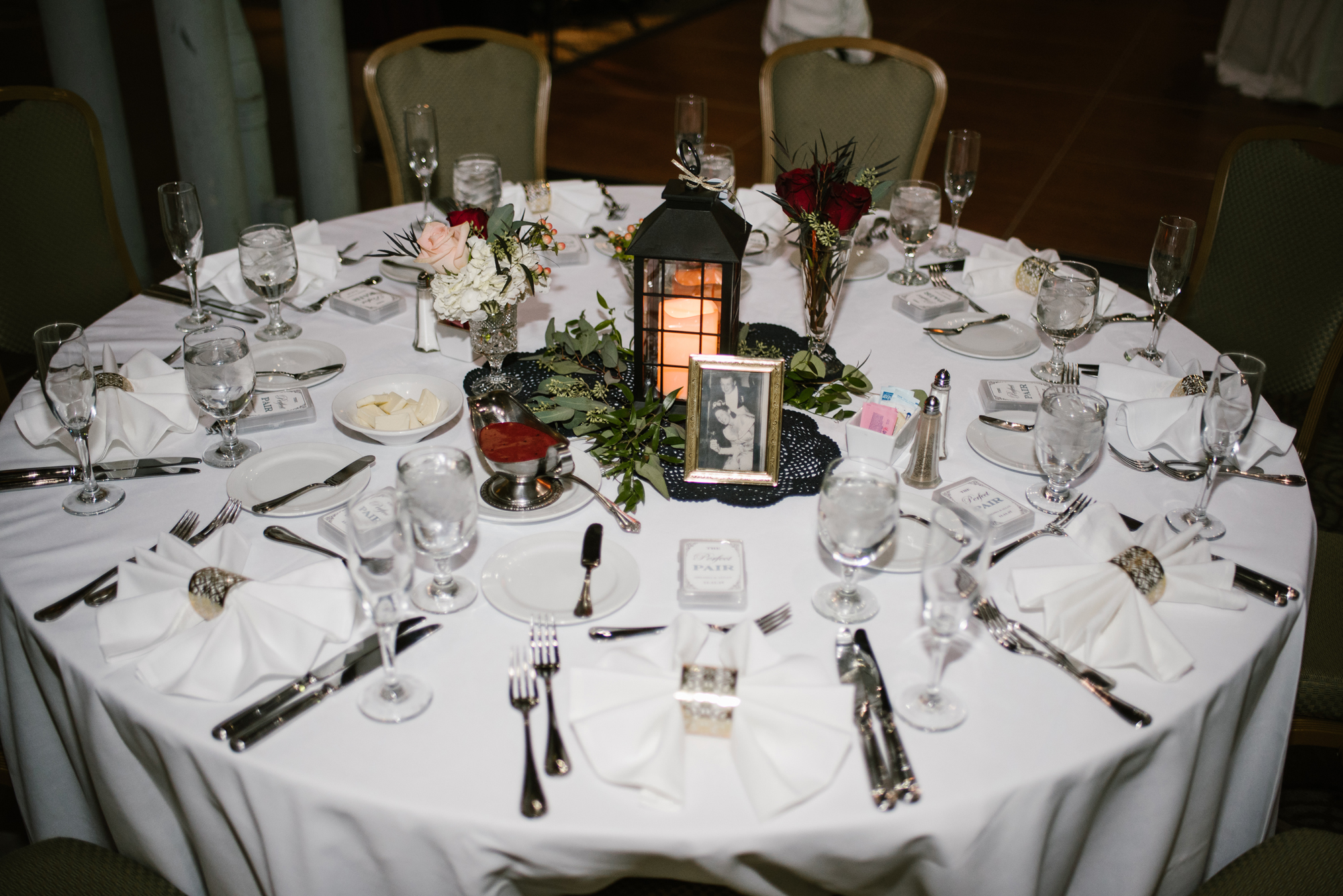 round wedding table setup