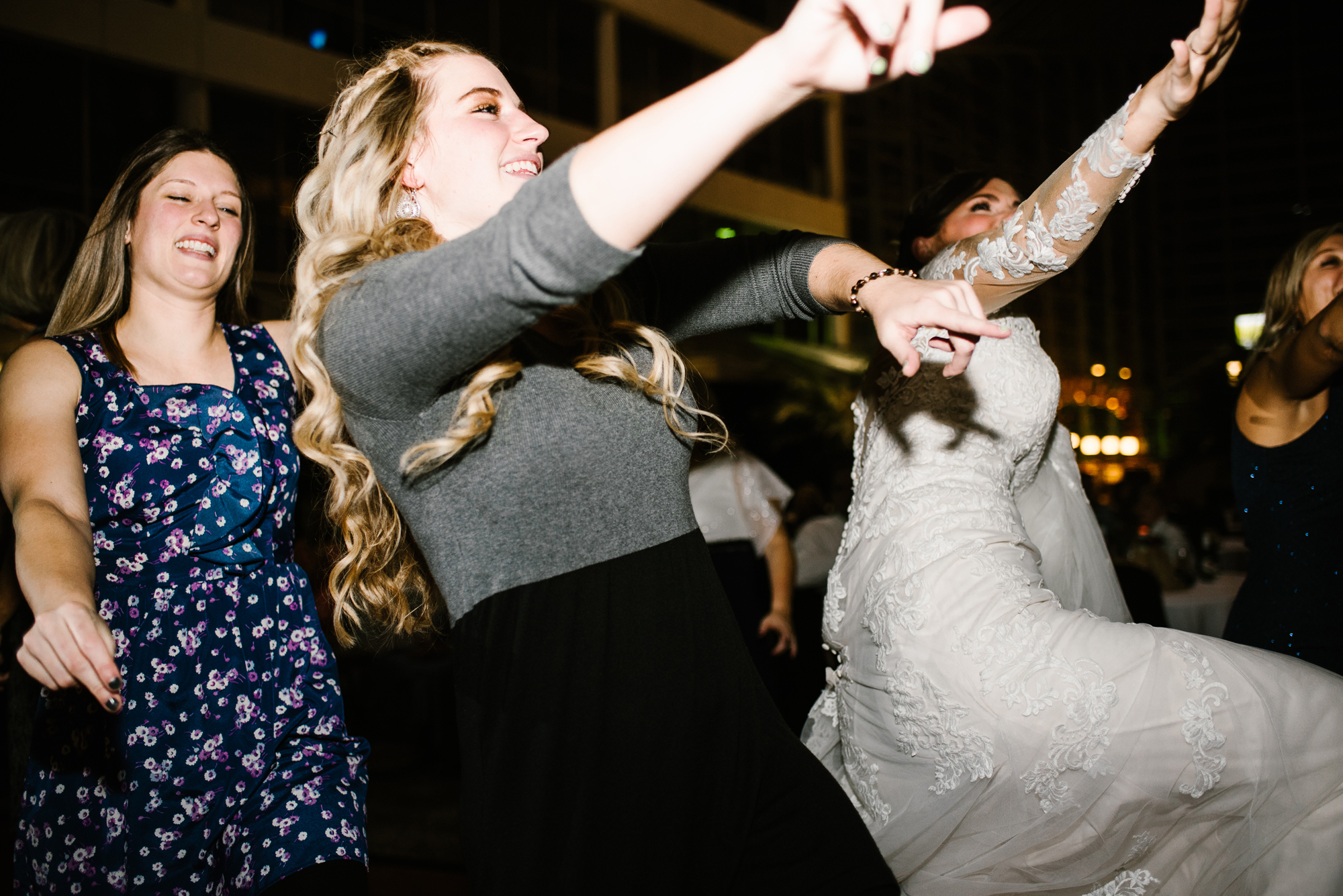 bride and guests dancing at Doubletree in South Bend