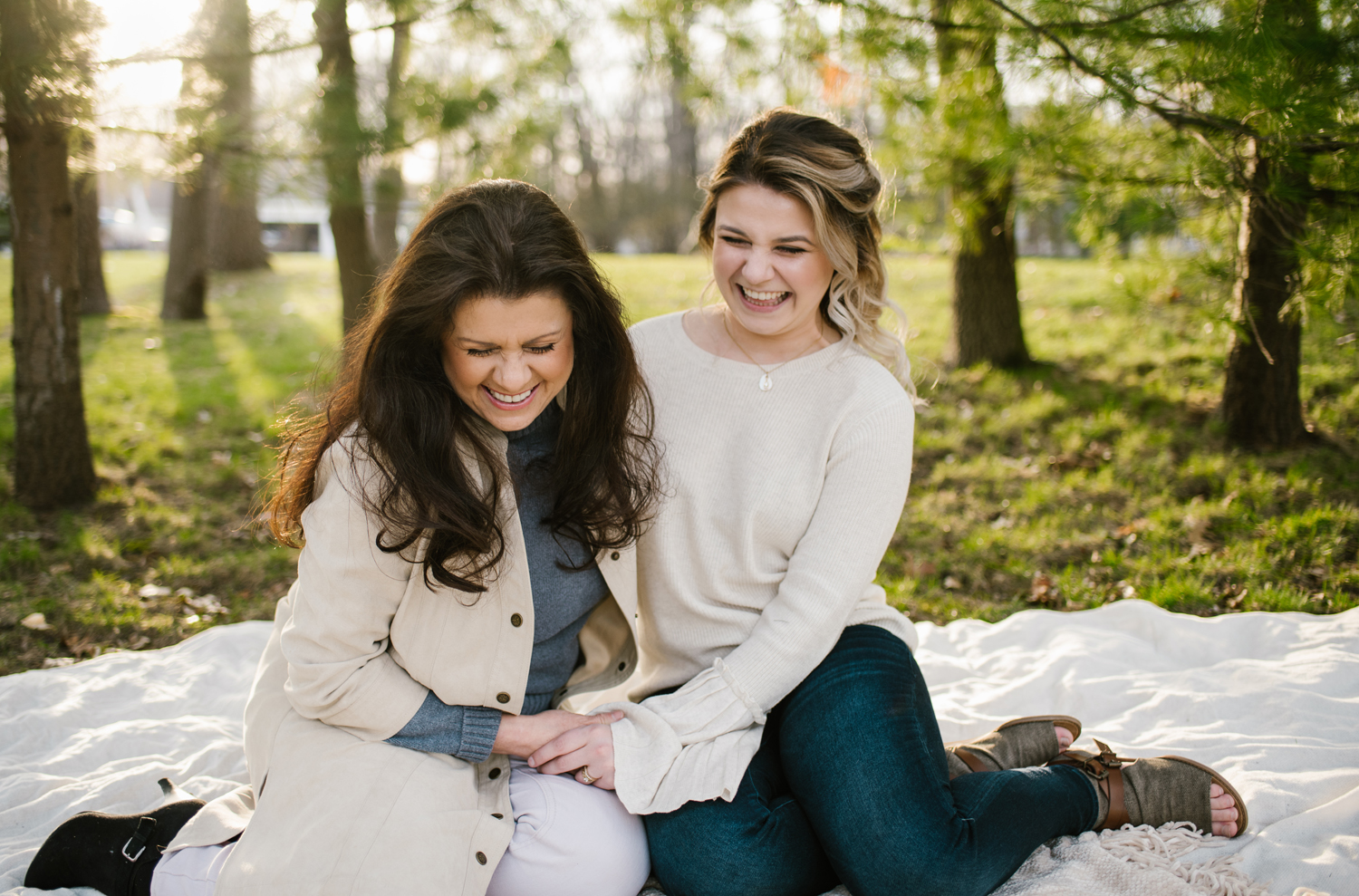 grand-haven-michigan-mothers-day-family-session (96).jpg