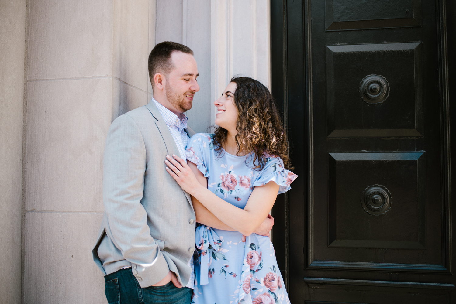 downtown-grand-rapids-michigan-engagement-photographer-spring-sydney-marie (130).jpg