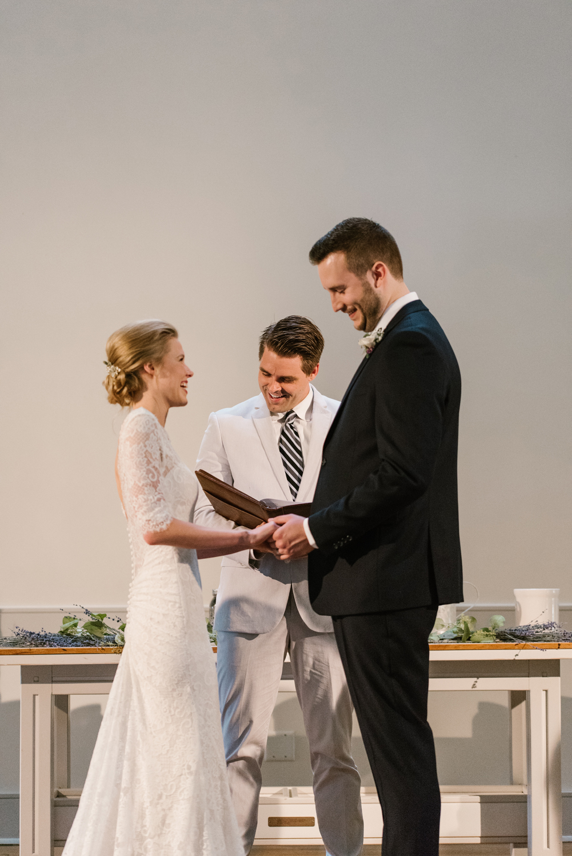 bloomington-Illinois-Wesleyan University-wedding-photographer (234).jpg