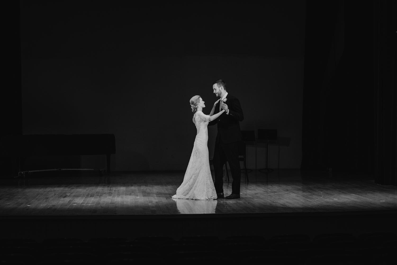 bloomington-Illinois-Wesleyan University-wedding-photographer (555).jpg