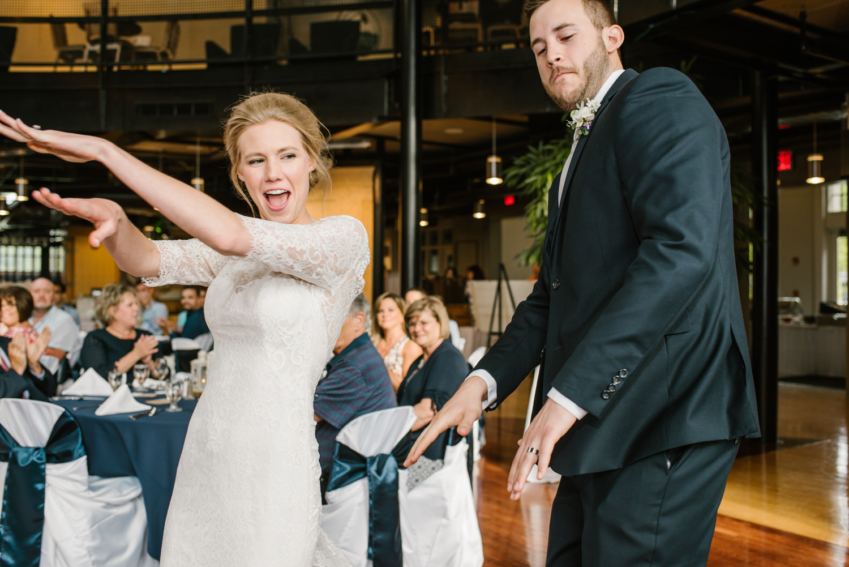 bloomington-Illinois-Wesleyan University-wedding-photographer (660).jpg