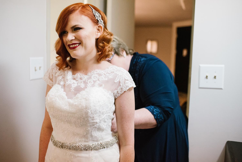 detroit-michigan-belle-isle-wedding-photographer (4).jpg