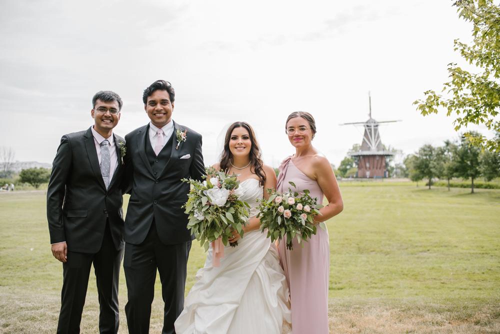 holland-michigan-wedding-photographer (20).jpg