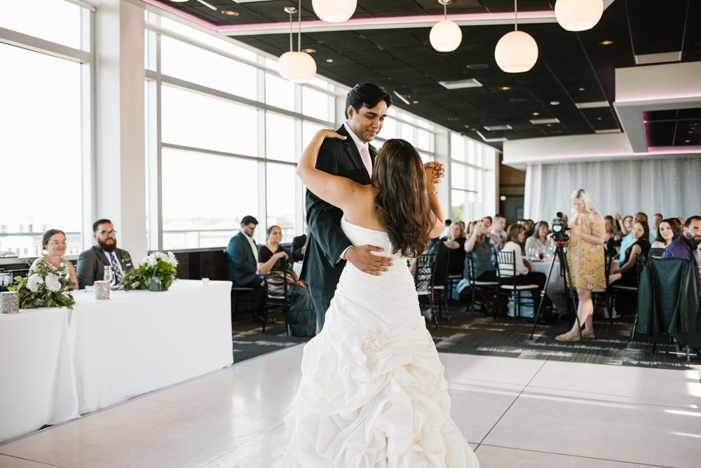 holland-michigan-wedding-photographer (173).jpg