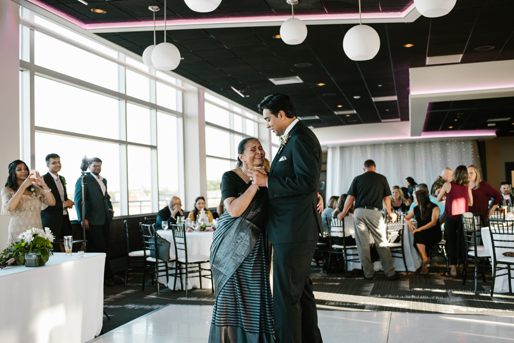 holland-michigan-wedding-photographer (277).jpg