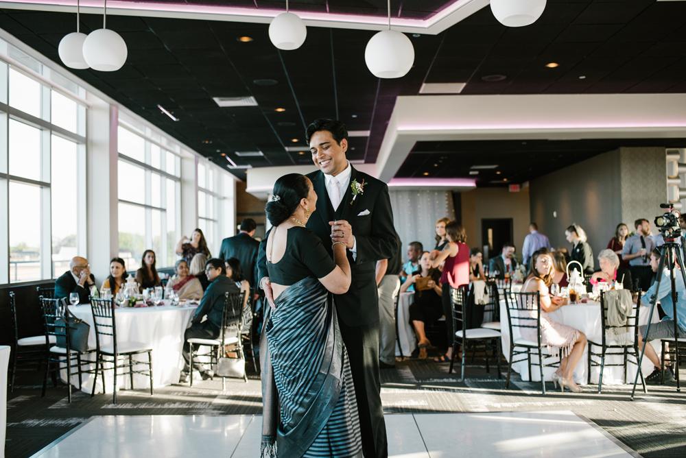 holland-michigan-wedding-photographer (291).jpg