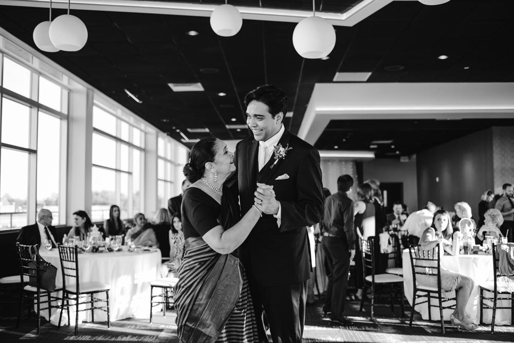 holland-michigan-wedding-photographer (298).jpg
