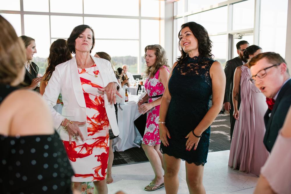 holland-michigan-wedding-photographer (415).jpg