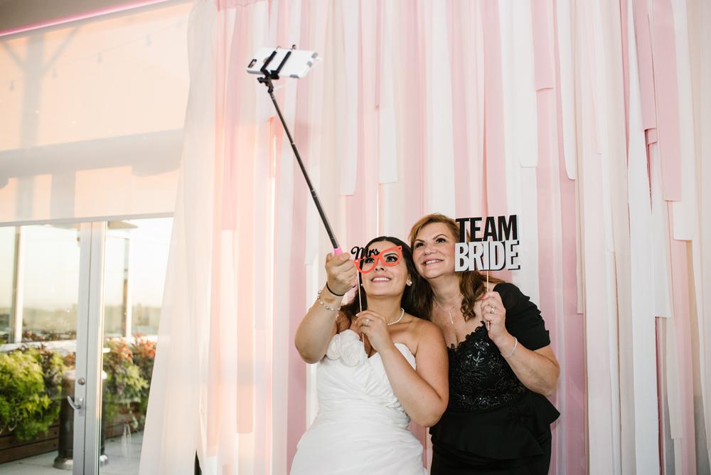 holland-michigan-wedding-photographer (432).jpg