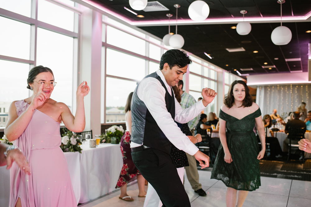holland-michigan-wedding-photographer (472).jpg