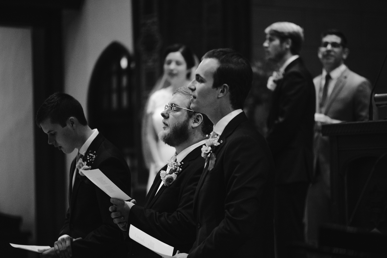 hillsdale-michigan-wedding-photographer (32).jpg