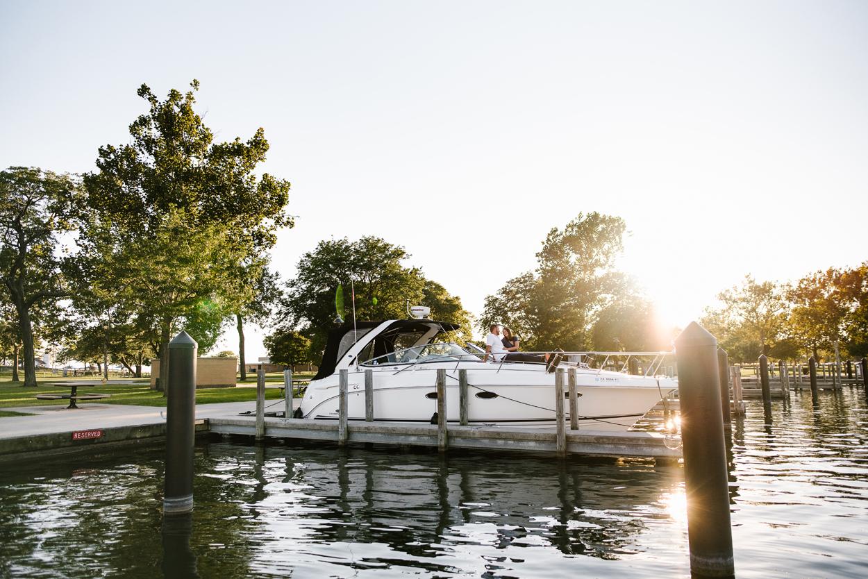 Lake-St-Clair-Metropark-Detroit-Michigan-Engagement (5).jpg