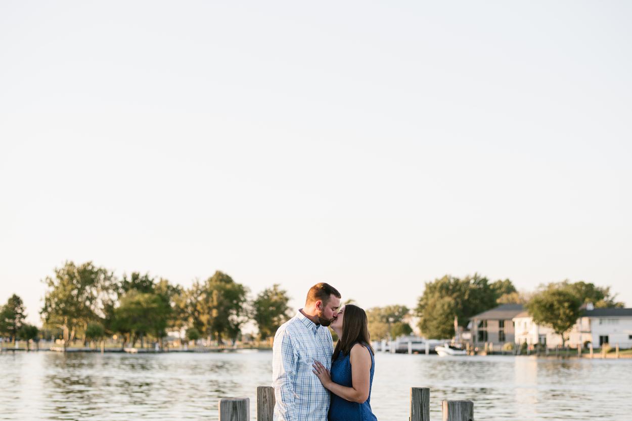 Lake-St-Clair-Metropark-Detroit-Michigan-Engagement (10).jpg