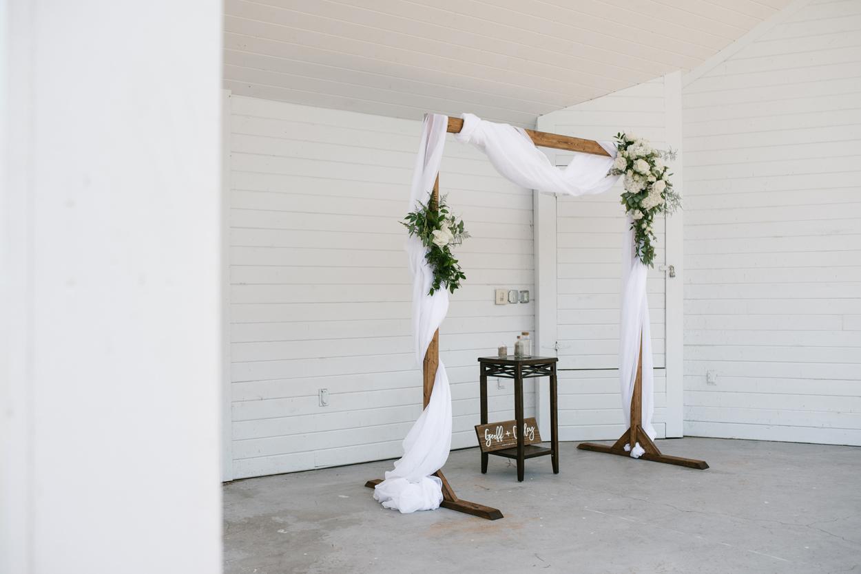Elberta-Life-Saving-Station-Northern-Michigan-Wedding-Photographer (20).jpg
