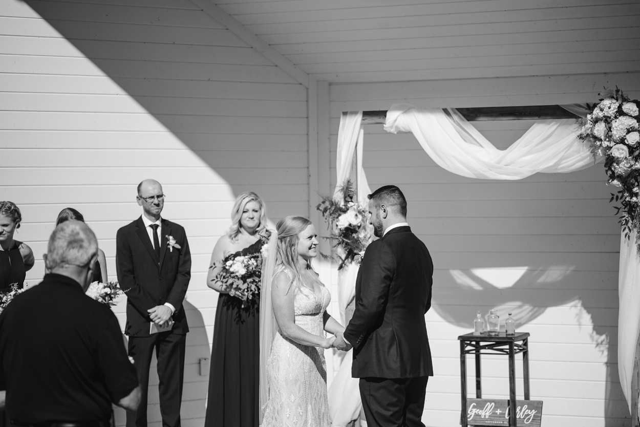 Elberta-Life-Saving-Station-Northern-Michigan-Wedding-Photographer (47).jpg