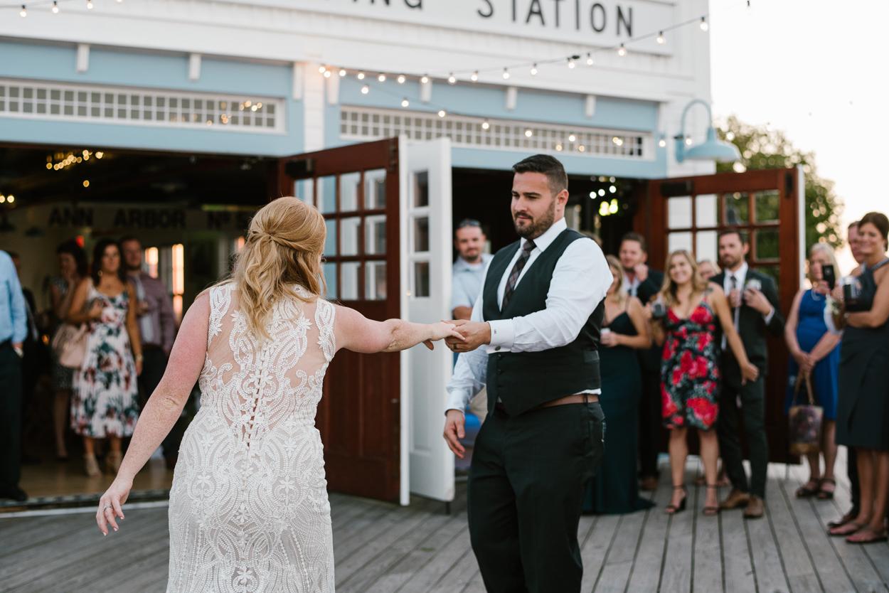 Elberta-Life-Saving-Station-Northern-Michigan-Wedding-Photographer (114).jpg