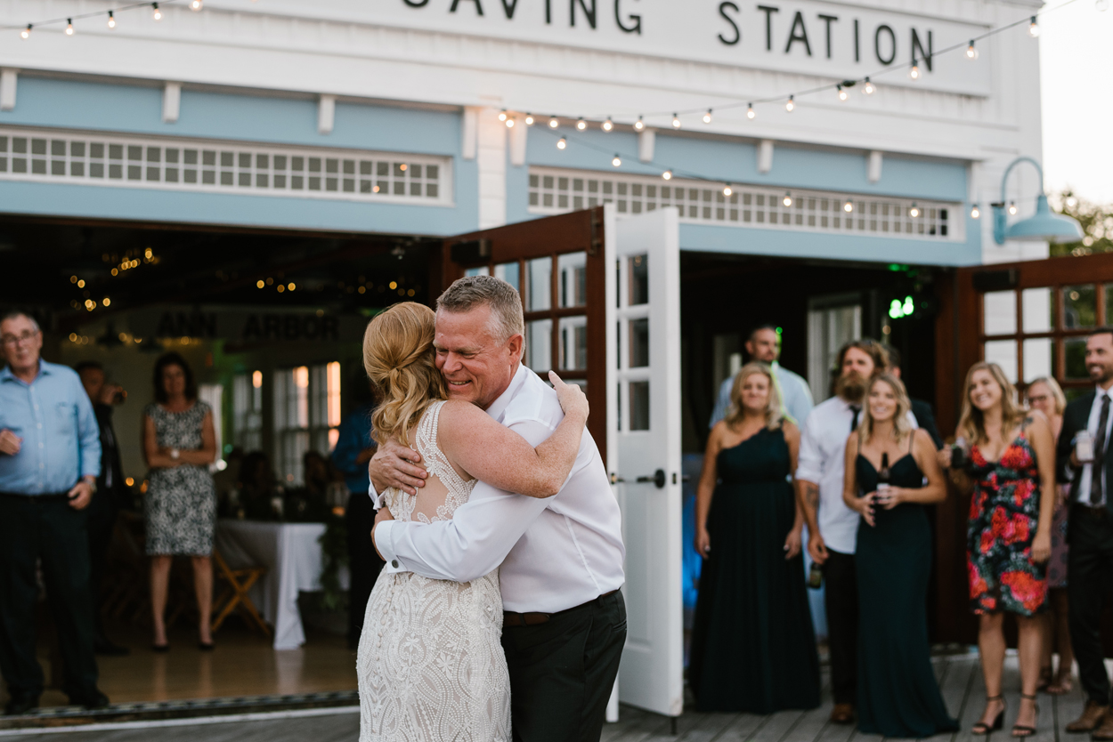 Elberta-Life-Saving-Station-Northern-Michigan-Wedding-Photographer (116).jpg