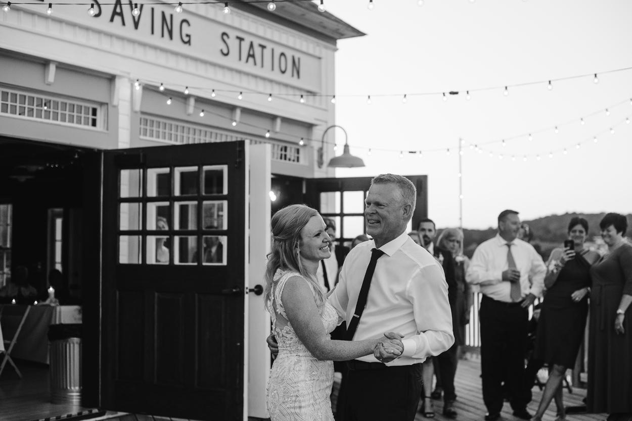 Elberta-Life-Saving-Station-Northern-Michigan-Wedding-Photographer (118).jpg
