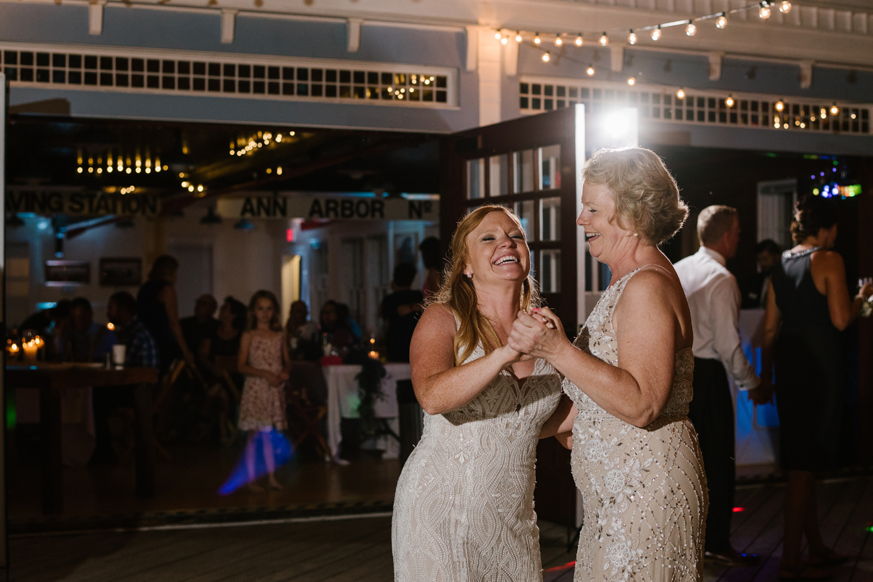 Elberta-Life-Saving-Station-Northern-Michigan-Wedding-Photographer (131).jpg