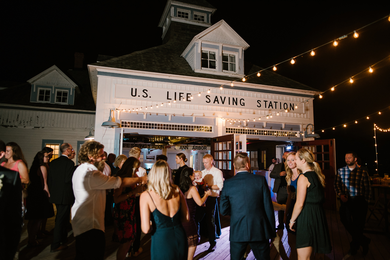 Elberta-Life-Saving-Station-Northern-Michigan-Wedding-Photographer (145).jpg