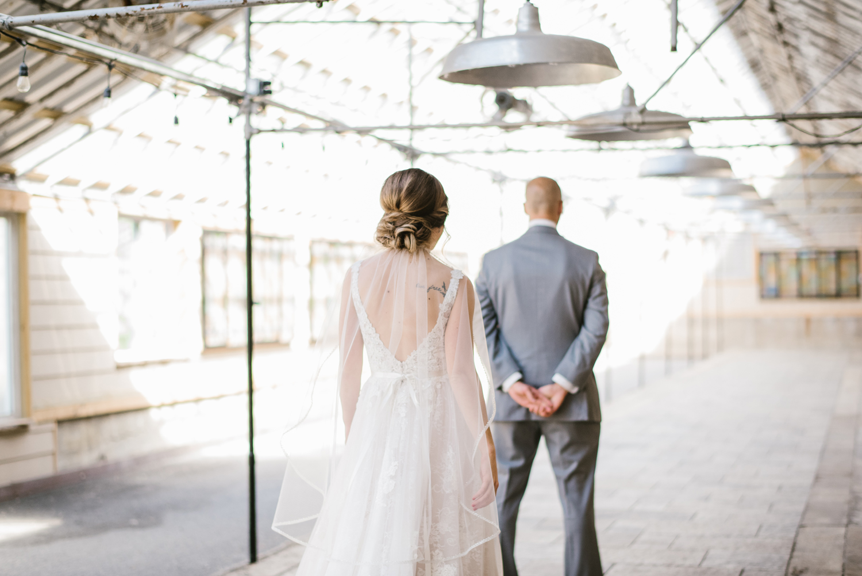 goldner-walsh-greenhouse-wedding-detroit-michigan-photographer (2).jpg