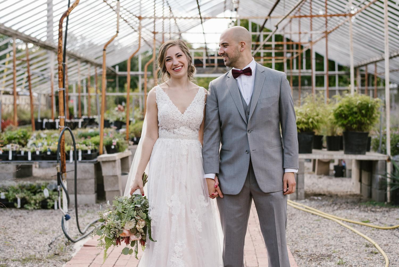 goldner-walsh-greenhouse-wedding-detroit-michigan-photographer (38).jpg